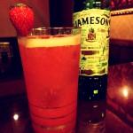 イチゴのジェイムソンソーダ